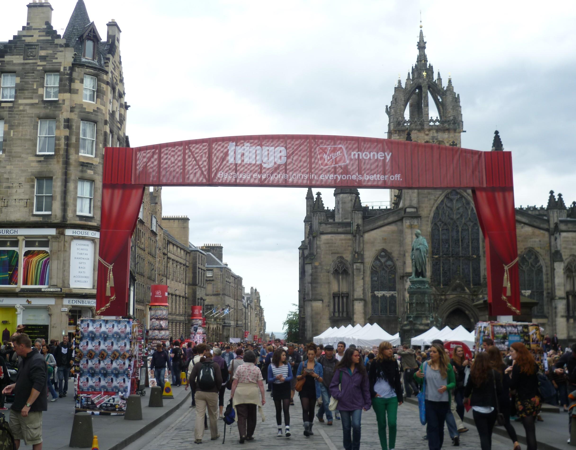 Edinburgh_Festival_Fringe,_2011
